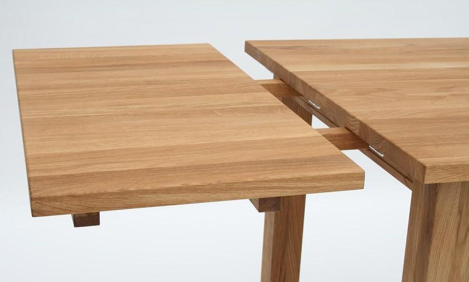 Tende per camera da letto classica for Tavoli in legno allungabili massello