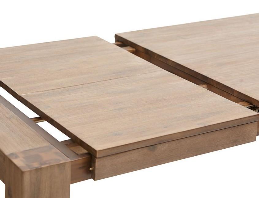 Tavoli in legno massello allungabili